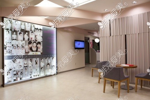 韩国THE整形外科医院大厅